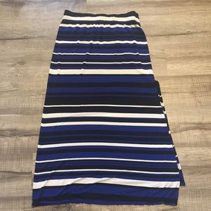 Banana Republic striped maxi skirt. Medium